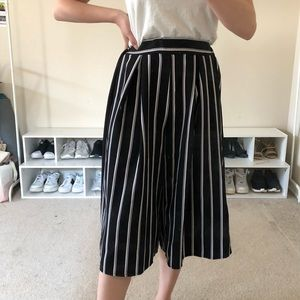 Striped Wide legged Cropped Culottes